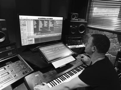 Phil + studio 3 B+W